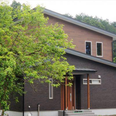 【栃木県日光市】 環境に合ったデザイン注文住宅 - 八興ハウス - 施工事例